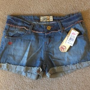 NEW Mecca Femme - Distressed Jean Shorts ((9/10))